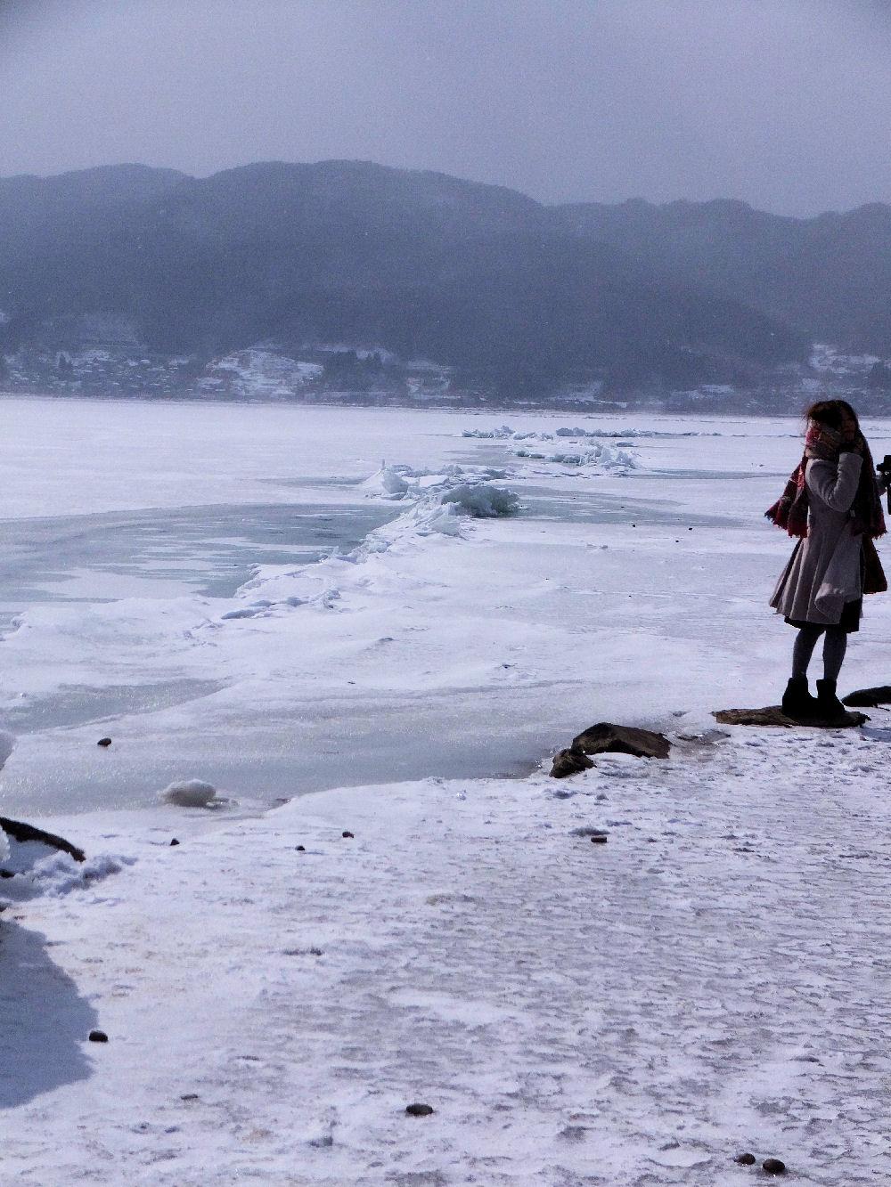 ☆寒~い日..諏訪湖のお神渡り見学に♪...その①: マコ日記